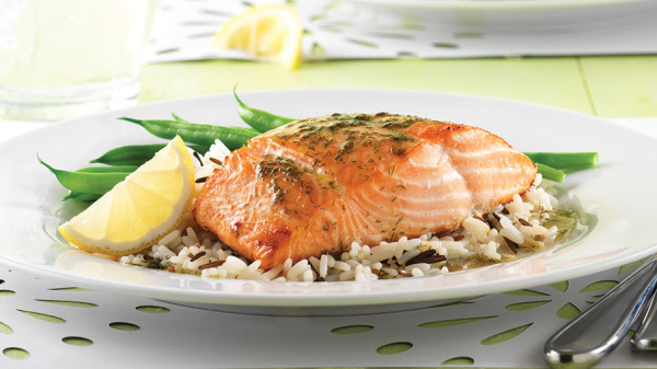 Weight Gain in Perimenopause: Grilled Salmon with Dill and Lemon
